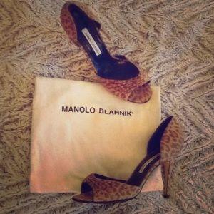 Manolo Blahnik leopard open toe pump!!!!